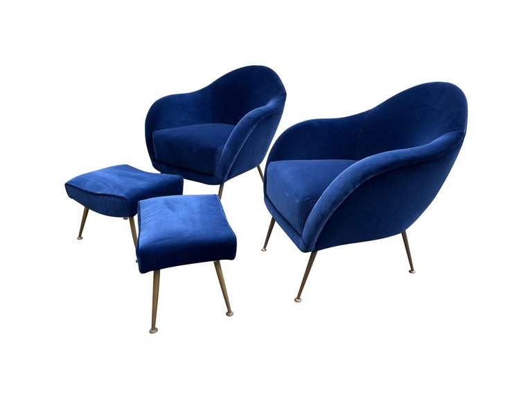 Pair of 1950s Italian Armchairs with Matching Ottomans Reupholstered in Velvet For Sale 5