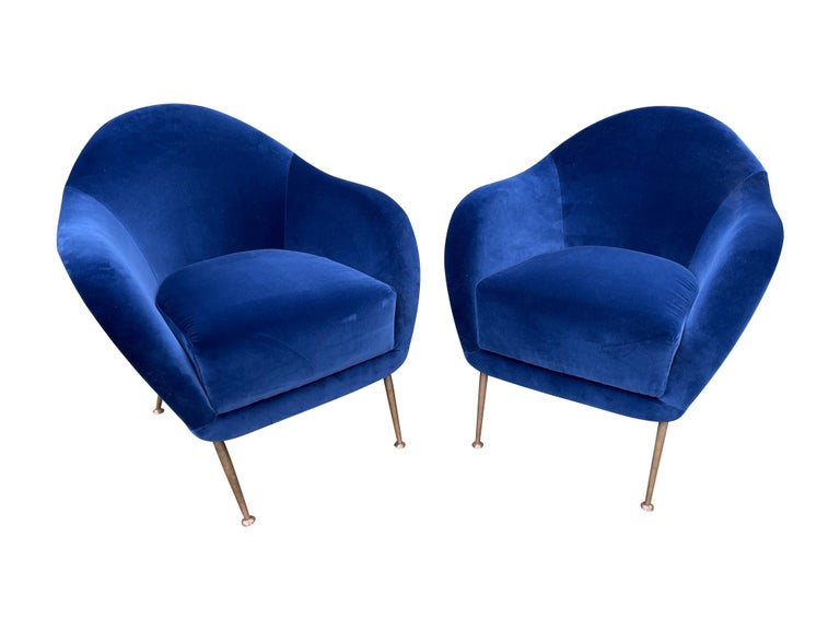 Pair of 1950s Italian Armchairs with Matching Ottomans Reupholstered in Velvet For Sale 7
