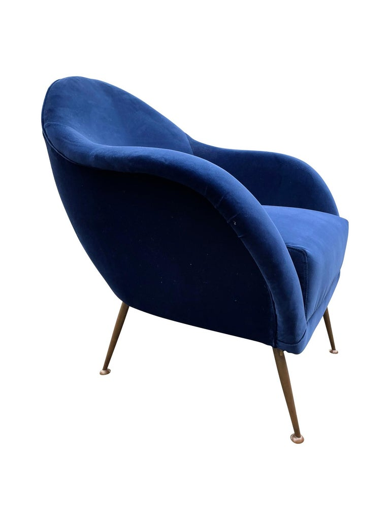 Pair of 1950s Italian Armchairs with Matching Ottomans Reupholstered in Velvet For Sale 13