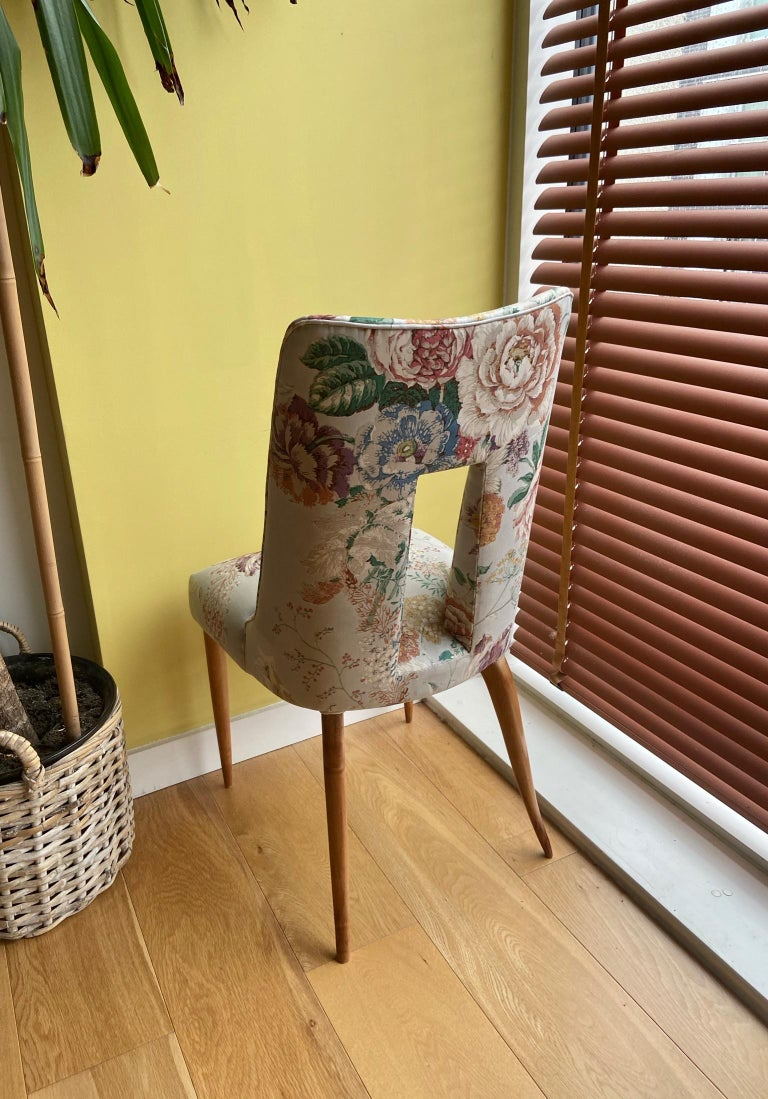 20th Century Pair of 1950s Italian Side Chairs, in Flowery Pastel Blue Upholstery For Sale