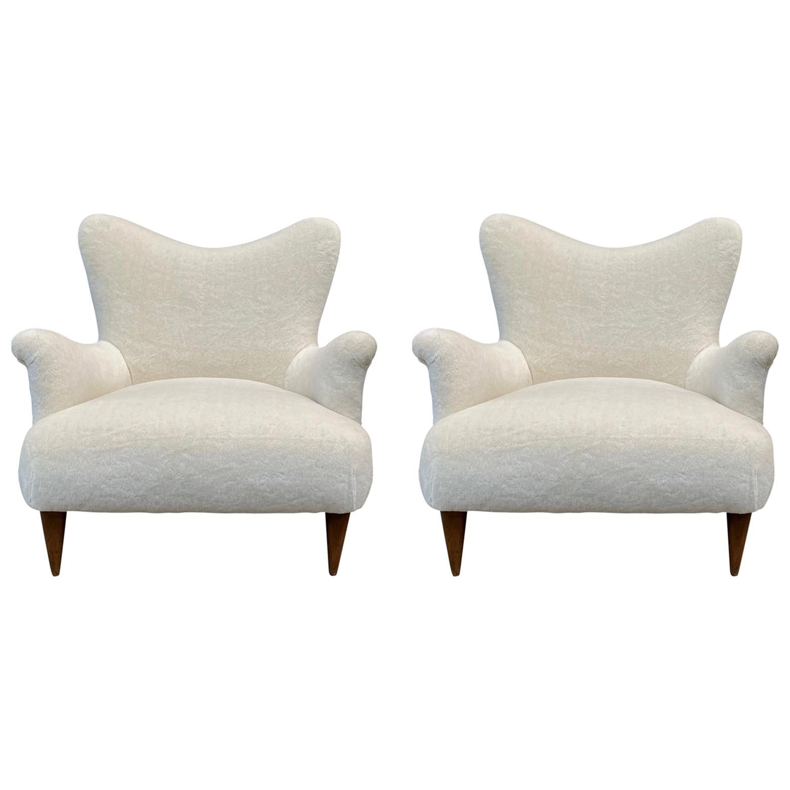 Pair of 1950s Large and Comfortable White Italian Armchairs, Lounge Chairs