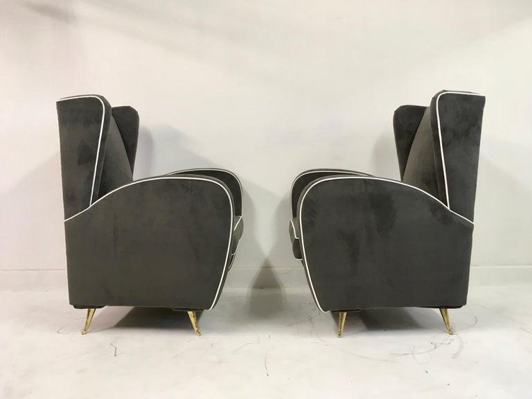 Brass Pair of 1950s Midcentury Italian Armchairs in Grey Velvet For Sale