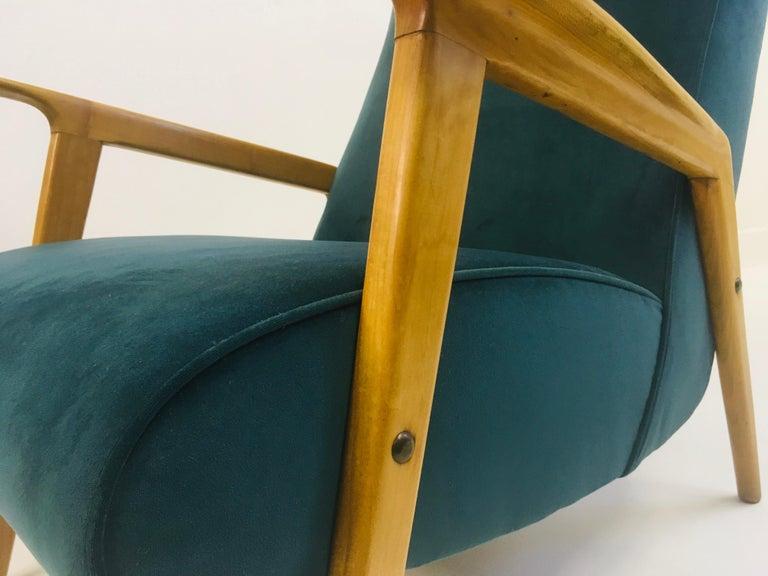 Pair of 1950s Midcentury Italian Armchairs in Teal Velvet For Sale 5