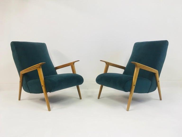 Mid-Century Modern Pair of 1950s Midcentury Italian Armchairs in Teal Velvet For Sale