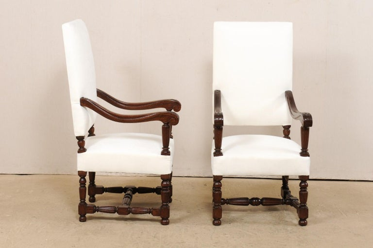 Pair of Italian Carved-Wood Armchairs with Newly Upholstered Seat and Back For Sale 2