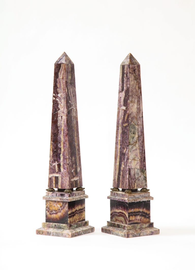 Pair of 19th Century English Turtle-Form Ormolu Mnt. Blue John Obelisks In Good Condition For Sale In New York, NY