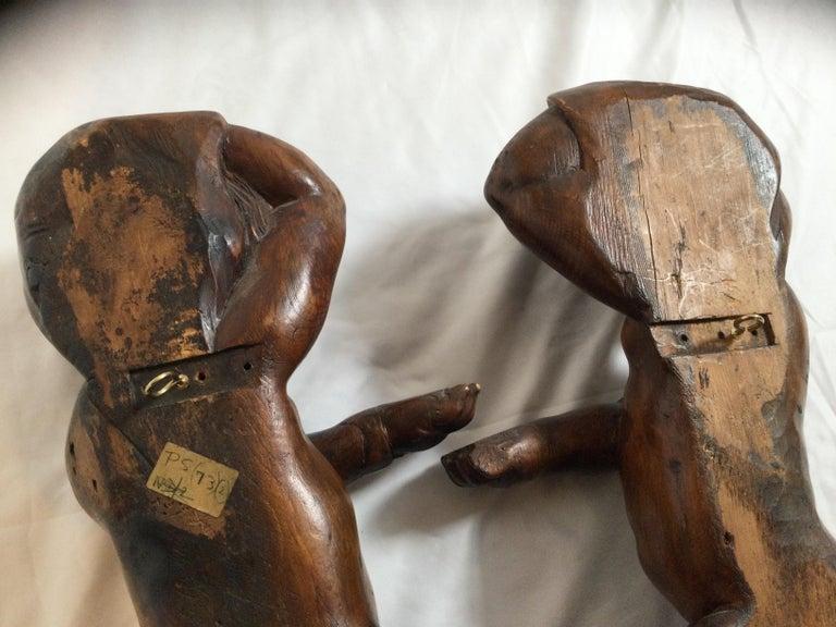 Pair of 19th Century Hand Carved Italian Walnut Cherubs For Sale 5