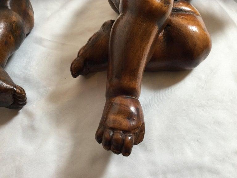 Pair of 19th Century Hand Carved Italian Walnut Cherubs For Sale 7