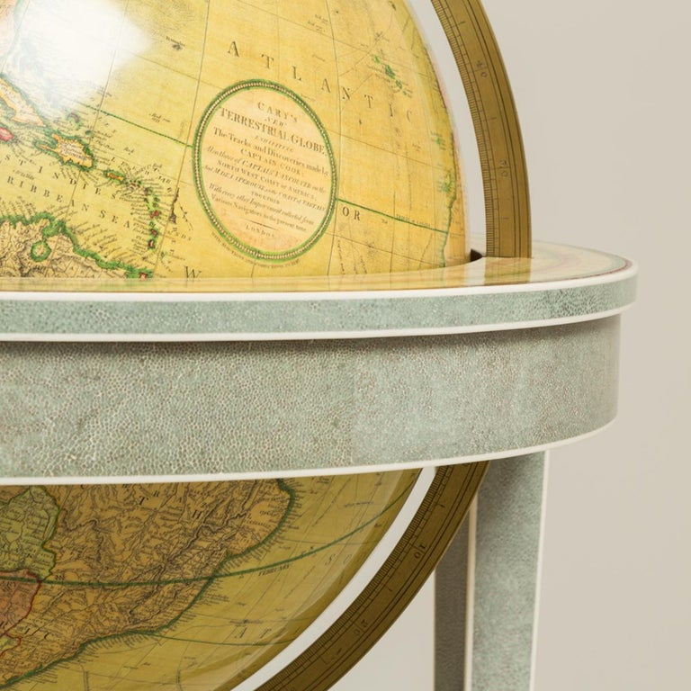 A pair of 21 inch contemporary library floor-standing globes In Good Condition For Sale In Lymington, Hampshire