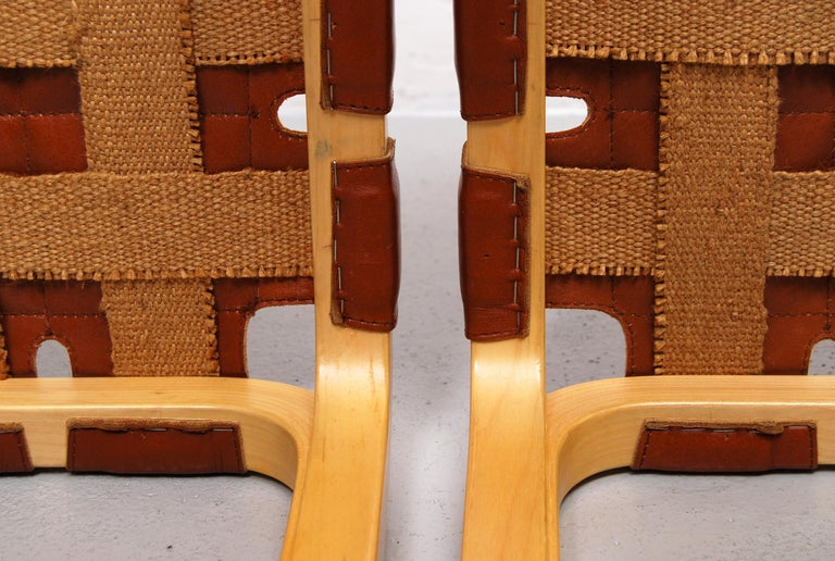 Pair of Alvar Aalto Y61 Stools with Original Leather Seats For Sale 2