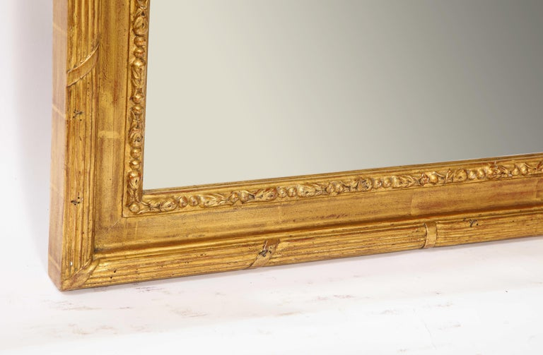 Pair of Antique French Louis XVI Style Hand Carved Giltwood Mirrors For Sale 10