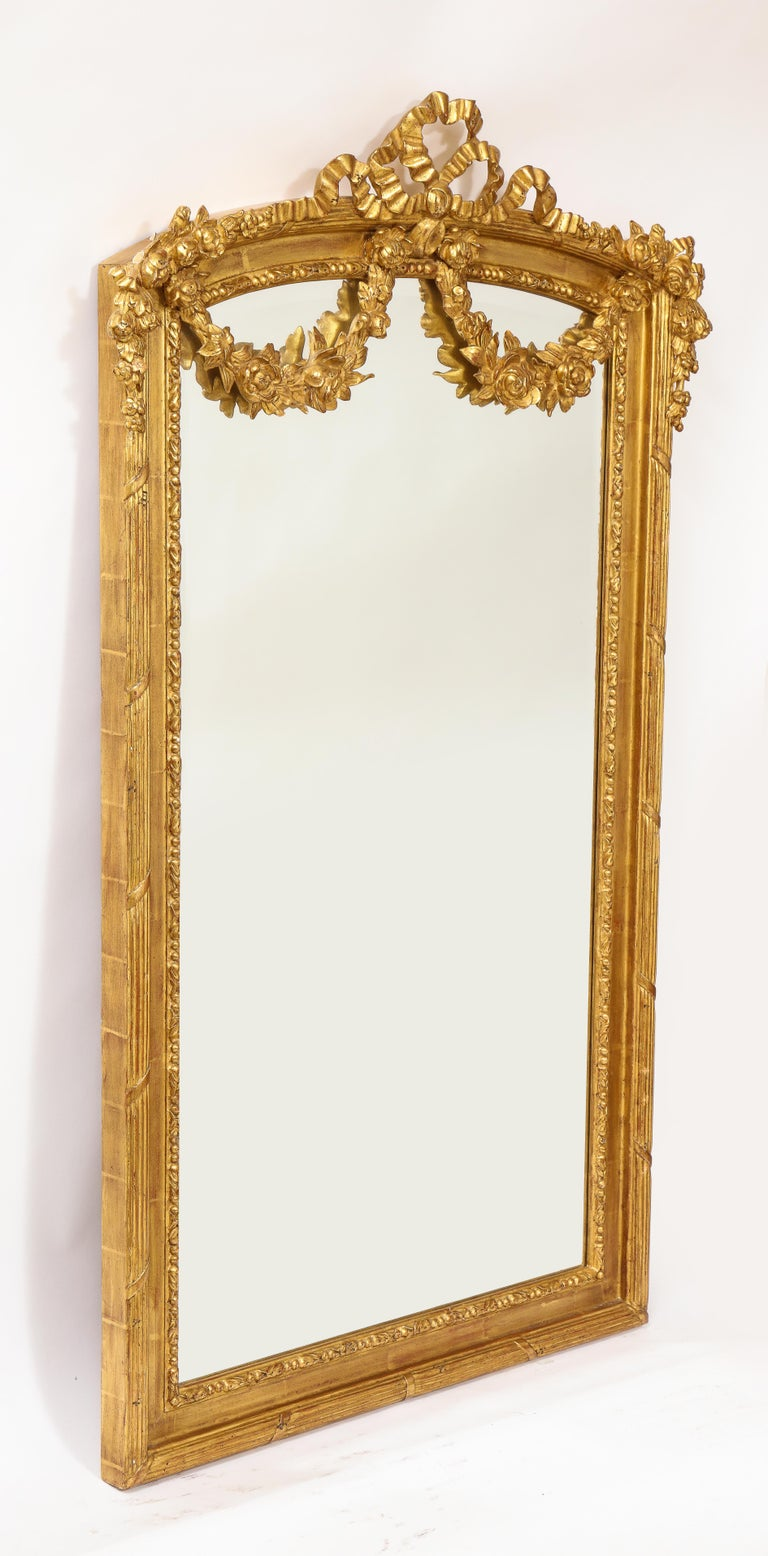 Pair of Antique French Louis XVI Style Hand Carved Giltwood Mirrors For Sale 1