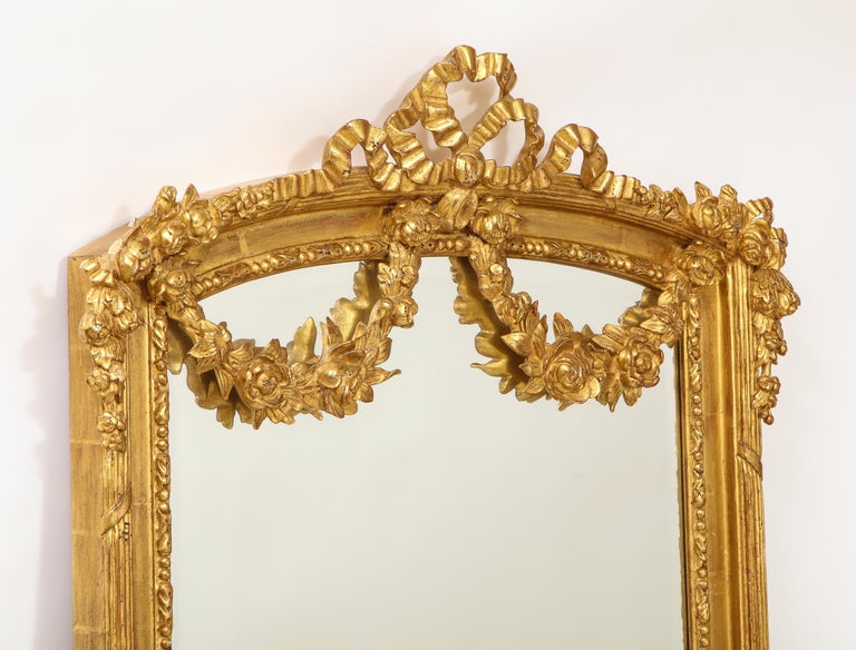 Pair of Antique French Louis XVI Style Hand Carved Giltwood Mirrors For Sale 4