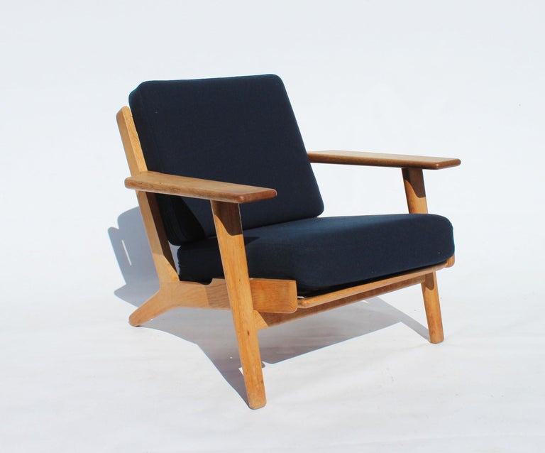 Scandinavian Modern Pair of Armchairs, Model GE290, by Hans J. Wegner and GETAMA
