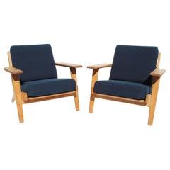 Pair of Armchairs, Model GE290, by Hans J. Wegner and GETAMA