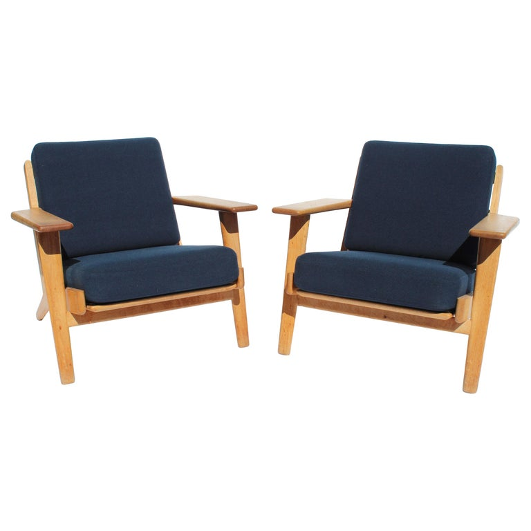 Pair of Armchairs, Model GE290, by Hans J. Wegner and GETAMA