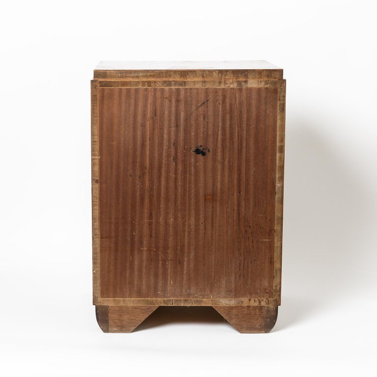 Pair of Art Deco Bedside Tables, circa 1930 For Sale 3