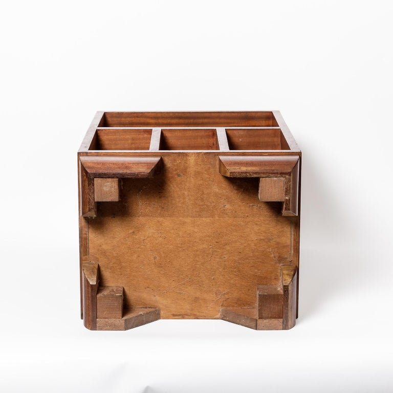 Pair of Art Deco Bedside Tables, circa 1930 For Sale 5