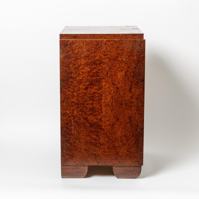 Beaux Arts Pair of Art Deco Bedside Tables, circa 1930 For Sale