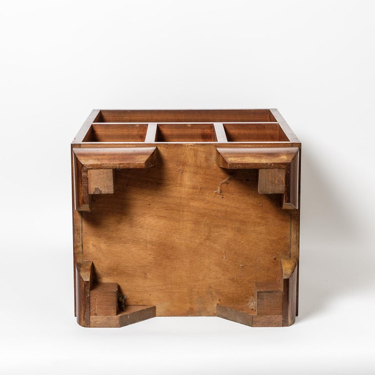 20th Century Pair of Art Deco Bedside Tables, circa 1930 For Sale