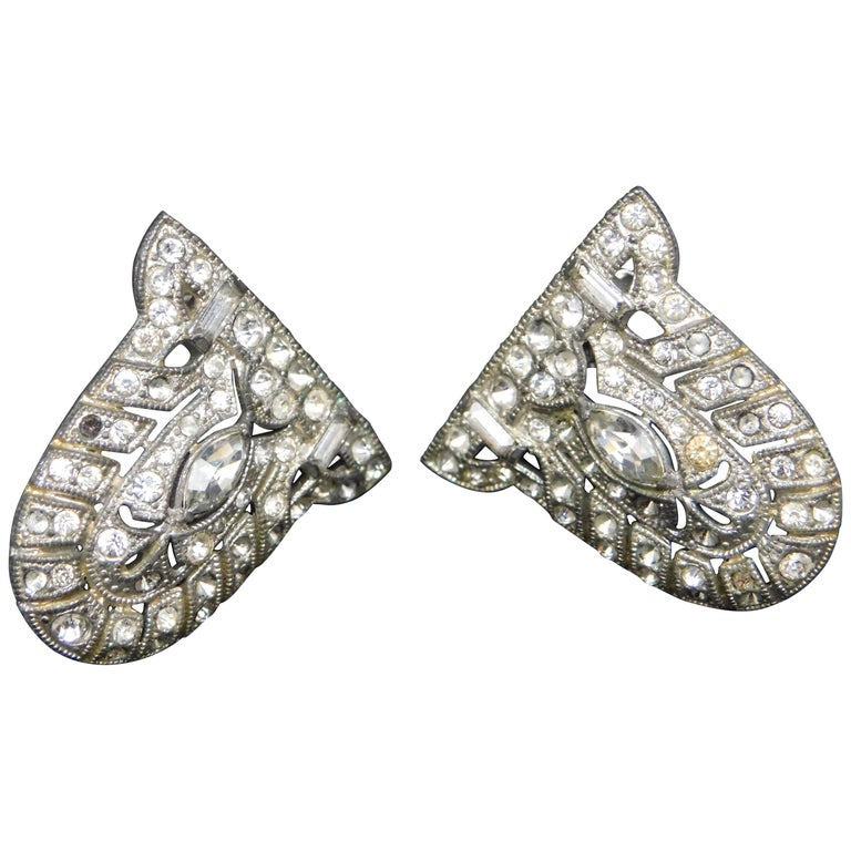 A Pair of Art Deco Shoe Clips with Crystals For Sale