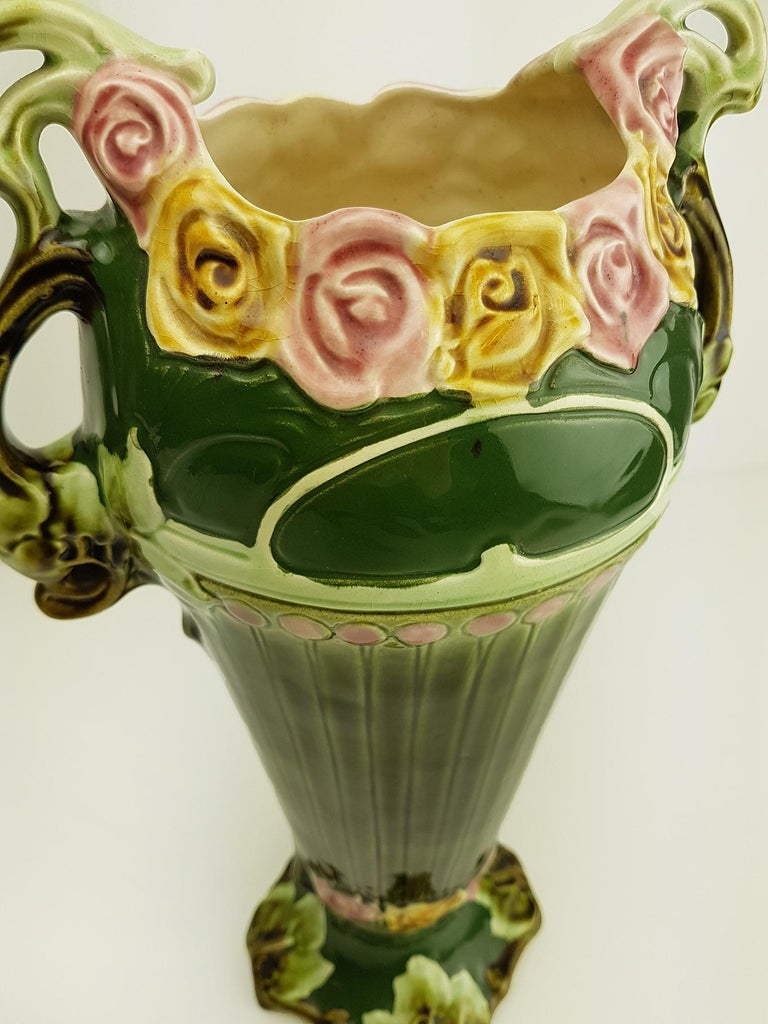 Pair of Art Nouveau Twin Handled Majolica Vases, 1920 In Good Condition For Sale In Rijssen, NL