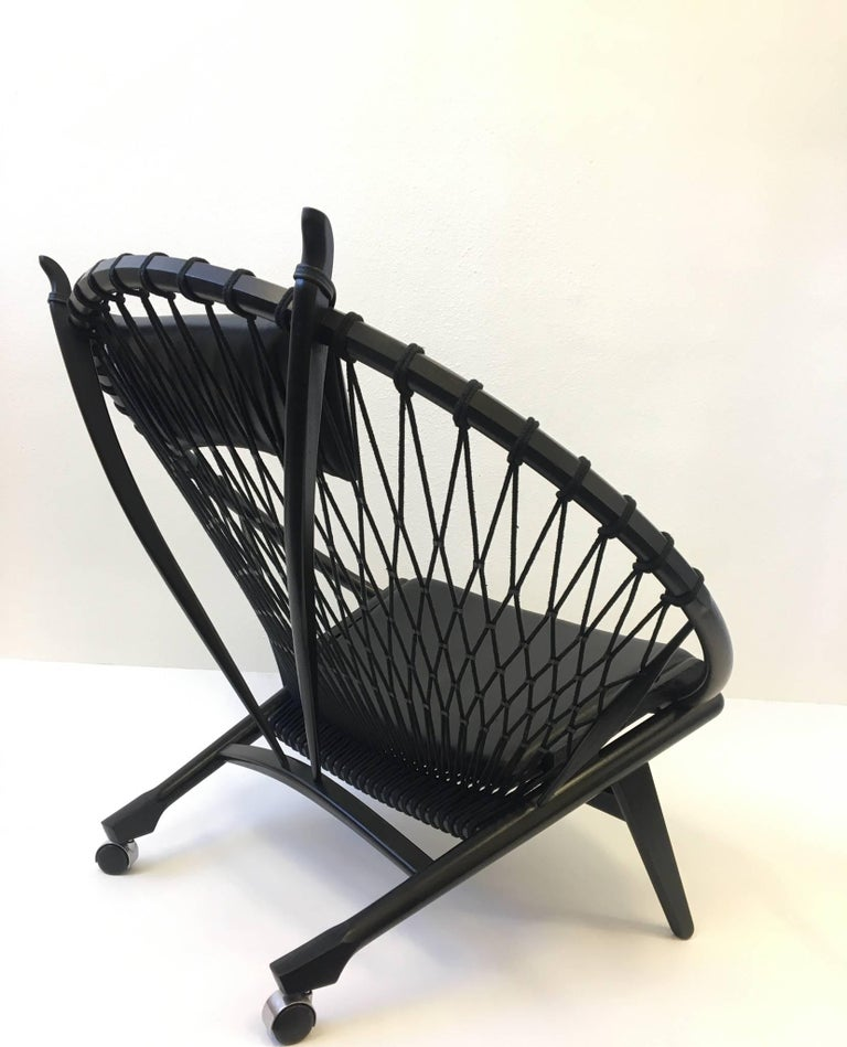 Pair of Black Lacquer Oak and Learher Lounge Chairs by Hans Wegner In Excellent Condition For Sale In Palm Springs, CA