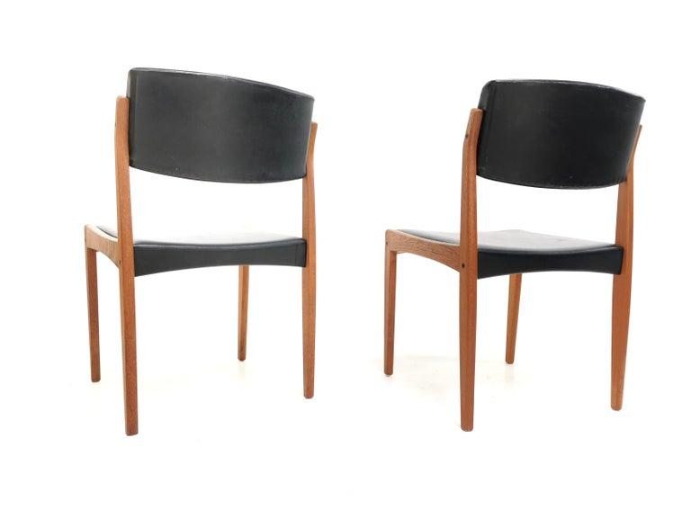 Pair of Brahmin Midcentury Dining Chairs Teak and Black Vinyl, 1960s 1
