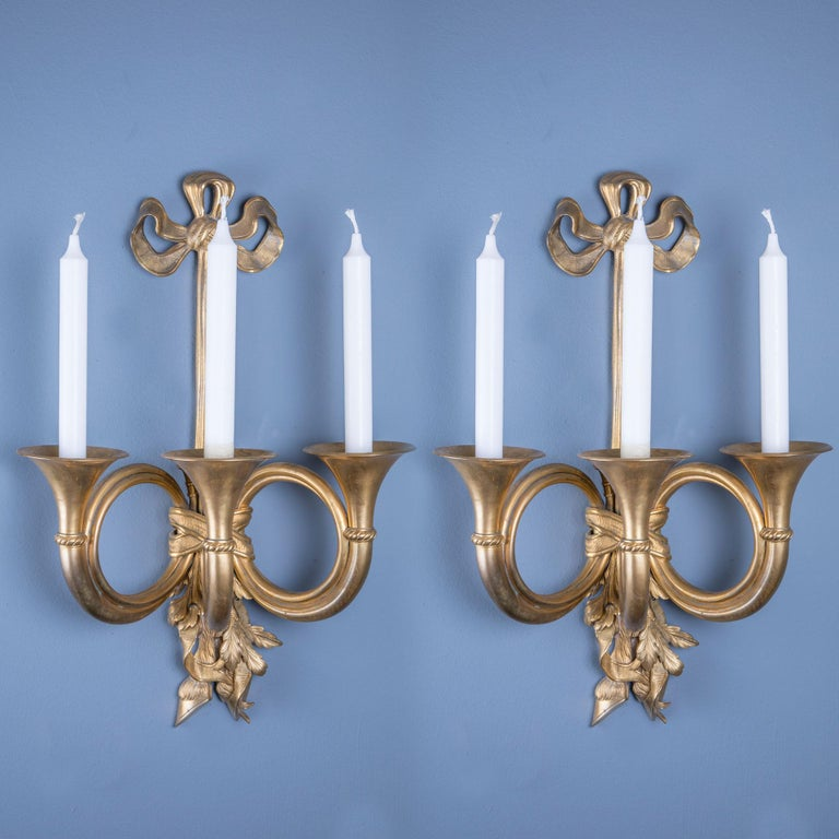 Pair of Bronze Louis XVI Style Wall Lights In Good Condition For Sale In London, GB