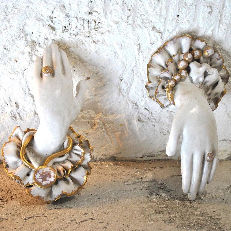 Pair of Ceramic Hands 1920s in Art Deco In Fair Condition For Sale In bari, IT