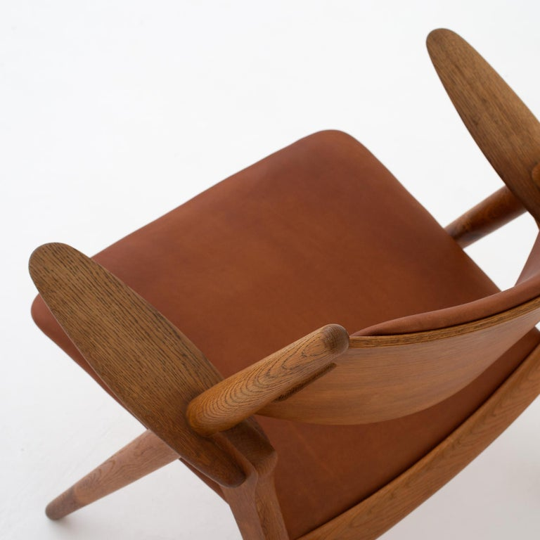 Oak Pair of CH 28 Easy Chairs by Hans J. Wegner For Sale