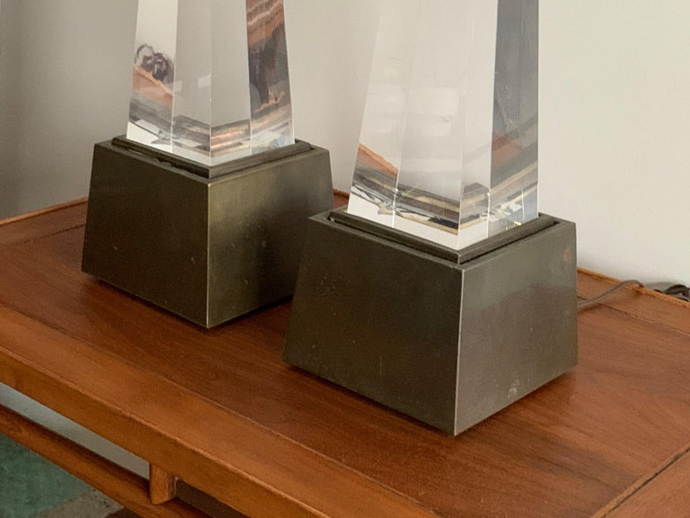 Mid-Century Modern Pair of Chapman Obelisk Lamps, circa 1977 For Sale