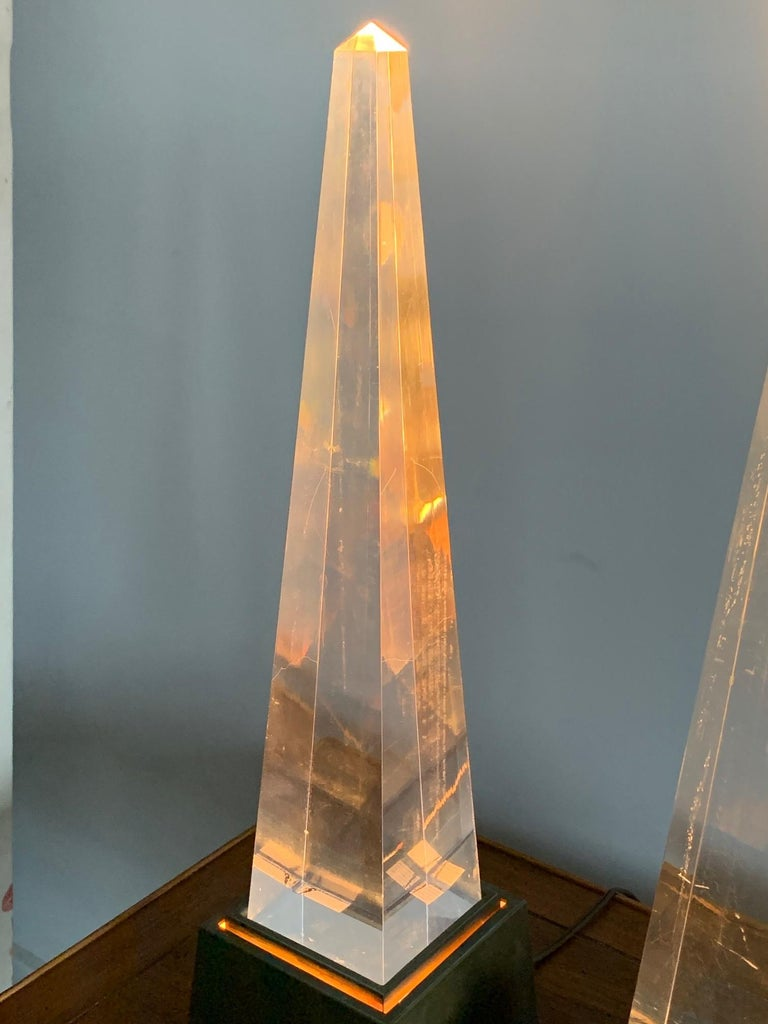 Lucite Pair of Chapman Obelisk Lamps, circa 1977 For Sale