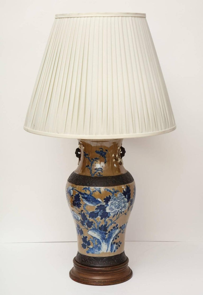Pair of chinese ceramic table lamps for sale at 1stdibs chinese export pair of chinese ceramic table lamps for sale aloadofball Image collections