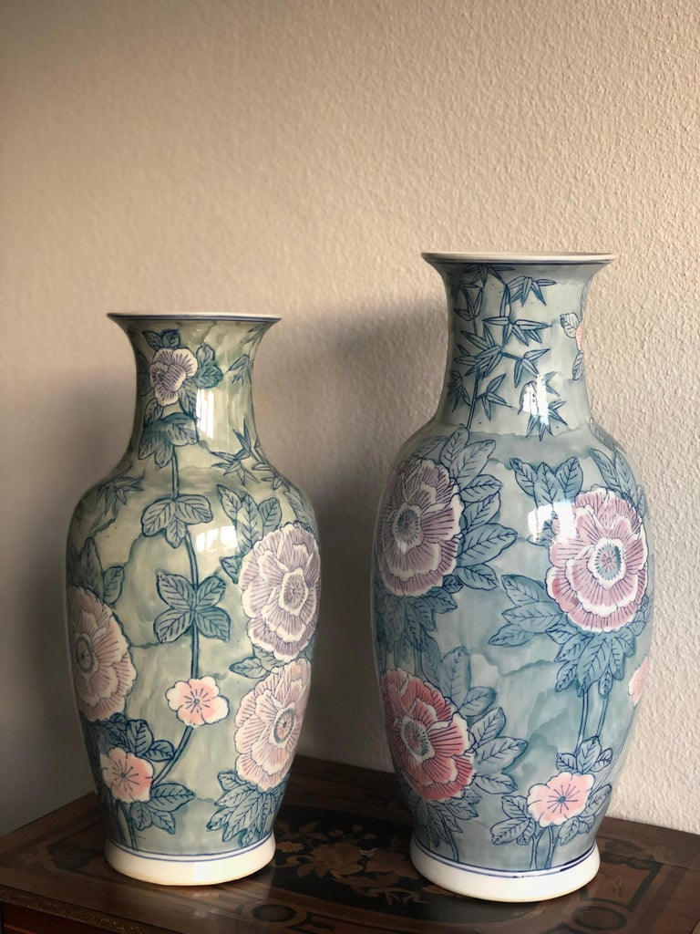 20th Century Pair of Chinese Large Flower Vases ON SALE  For Sale