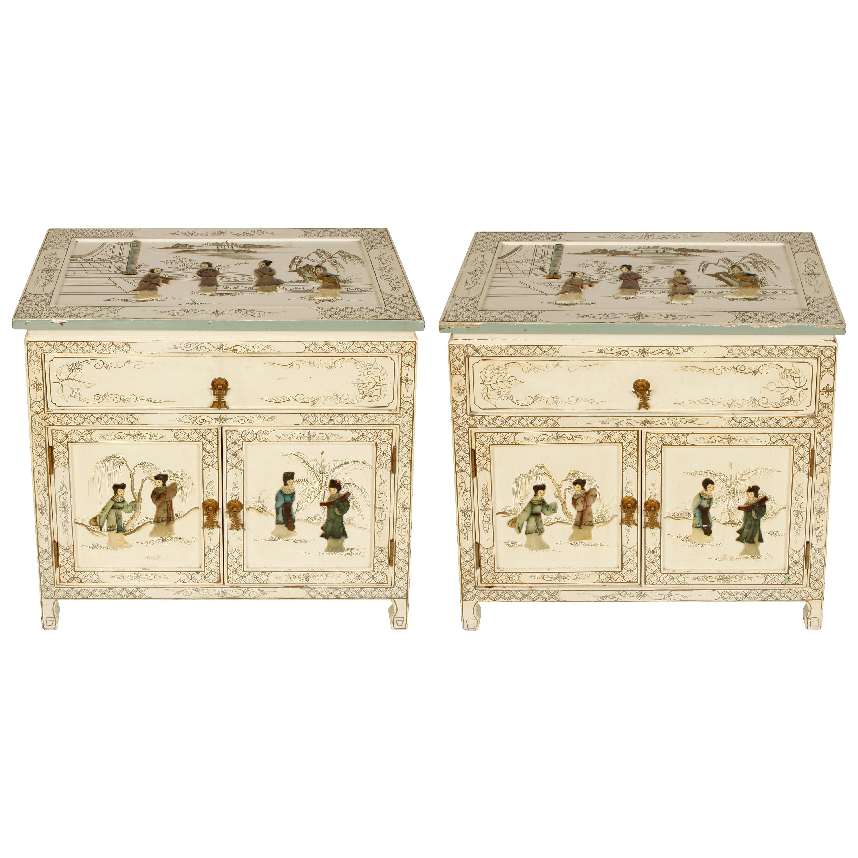 Pair Of Chinoiserie Painted Bedside Tables At 1stdibs