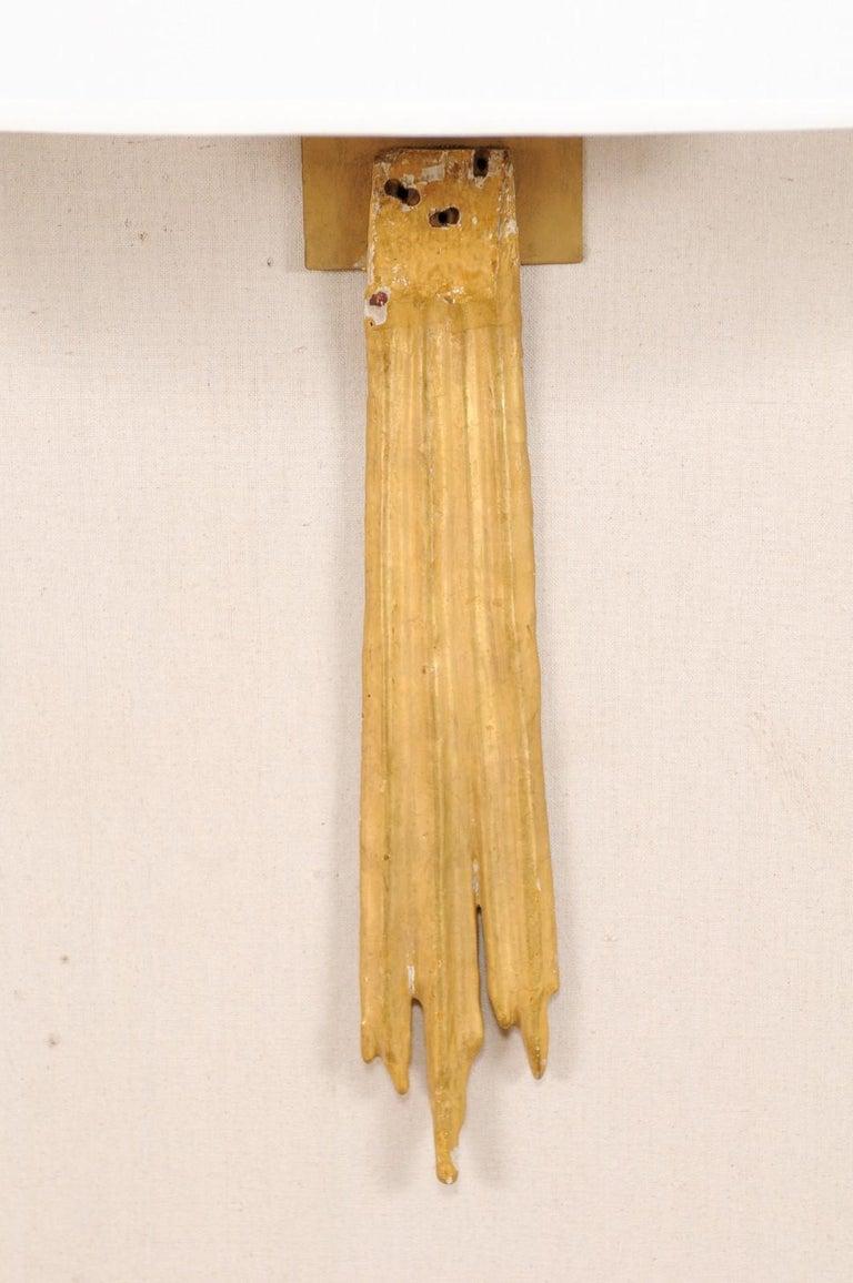 An Elegant Pair of Custom Italian Doubled Gilt Ray 18th Century Fragment Sconces For Sale 4