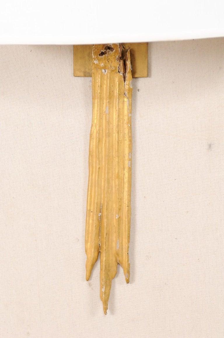 An Elegant Pair of Custom Italian Doubled Gilt Ray 18th Century Fragment Sconces For Sale 2