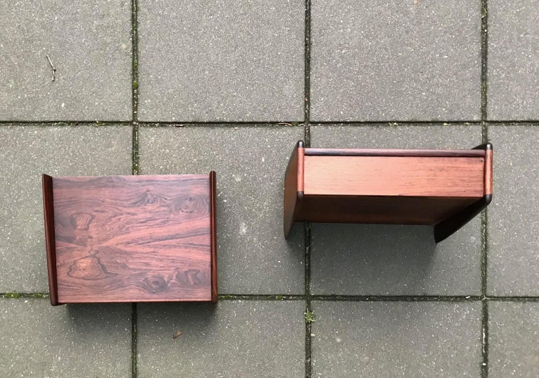Mid-20th Century Pair of Danish Modern Floating Rosewood Nightstands by Melvin Mikkelsen, 1960s For Sale