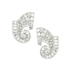 Pair of Diamond Scroll Earring