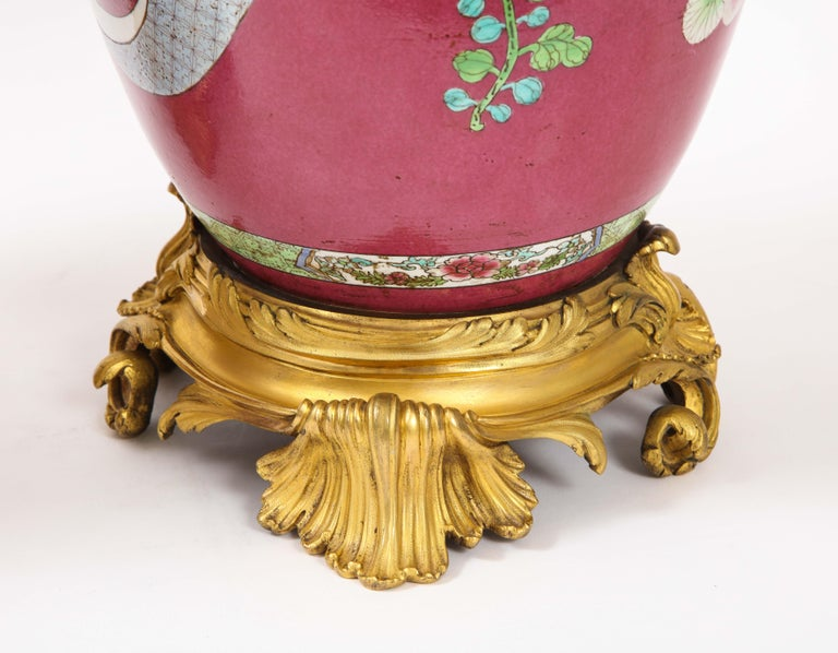 Pair of Doré Bronze Mounted Chinese Porcelain Rooster Red Ground Covered Jars For Sale 12