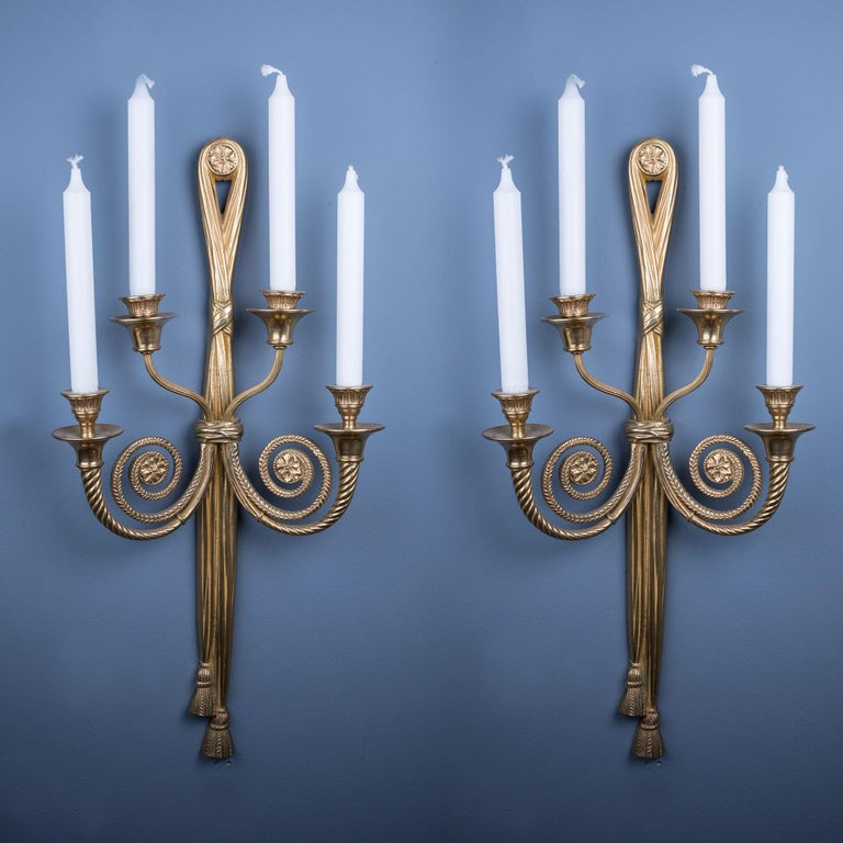 Pair of Elegant Bronze Candle Holding Wall Lights In Good Condition For Sale In London, GB
