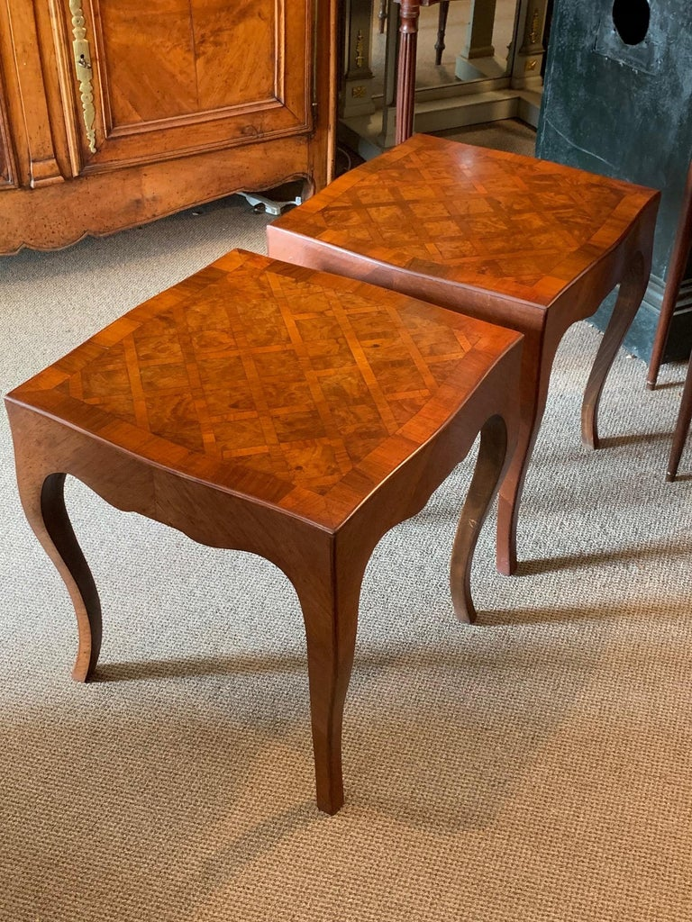 Pair of Elegant Italian Tables with Cabriolet Legs For Sale 2