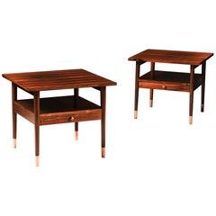 Pair of English Art Deco Calamander Wood Brown Bedside Tables or Étagères