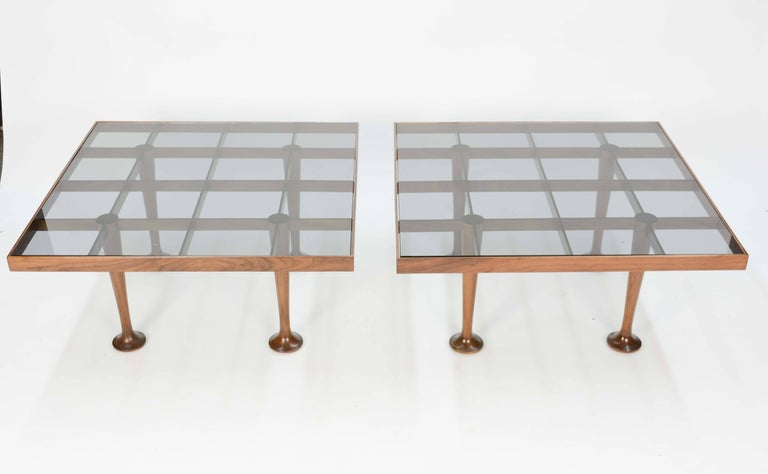 Pair of Finely Detailed and Elegant Italian Monumental Side Tables For Sale 4