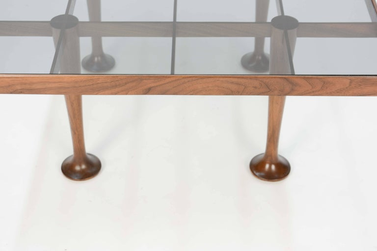Mid-20th Century Pair of Finely Detailed and Elegant Italian Monumental Side Tables For Sale