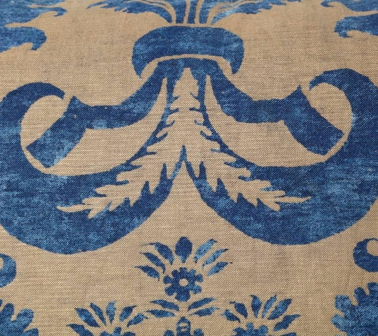 Baroque Pair of Fortuny Fabric Cushions in the Glicine Pattern For Sale