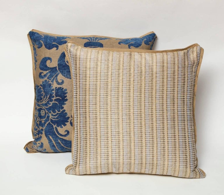 Contemporary Pair of Fortuny Fabric Cushions in the Glicine Pattern For Sale
