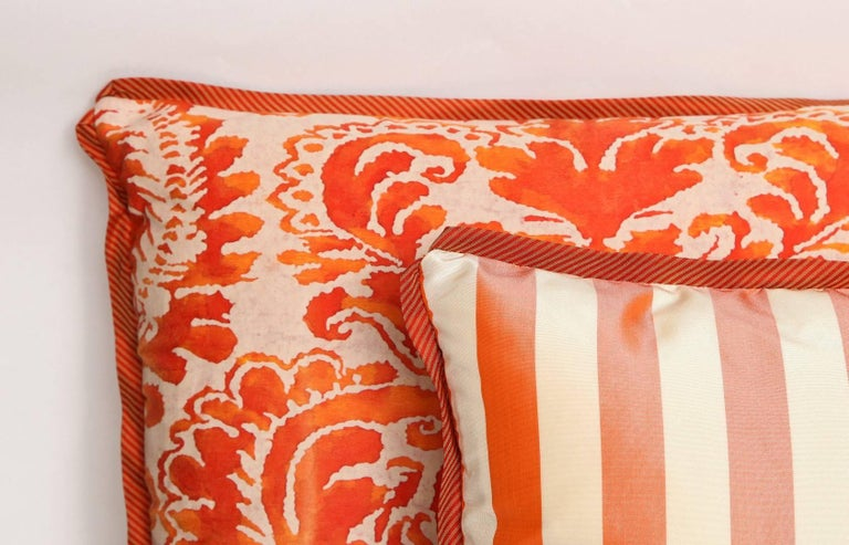 Contemporary Pair of Fortuny Fabric Cushions in the Sevigne Pattern For Sale