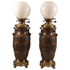 Pair of Franse Chinoiserie Rare Large Bronze Oil Lamps/Vases, 19th Century